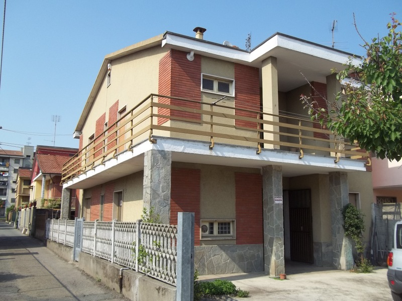 Soluzione Indipendente in vendita a Chivasso, 5 locali, prezzo € 240.000   Cambio Casa.it