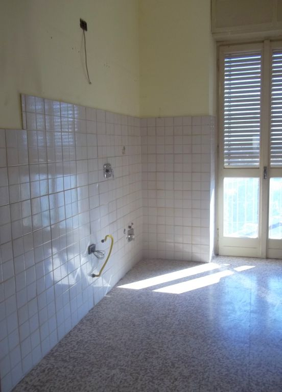 Appartamento da ristrutturare in vendita Rif. 4751992