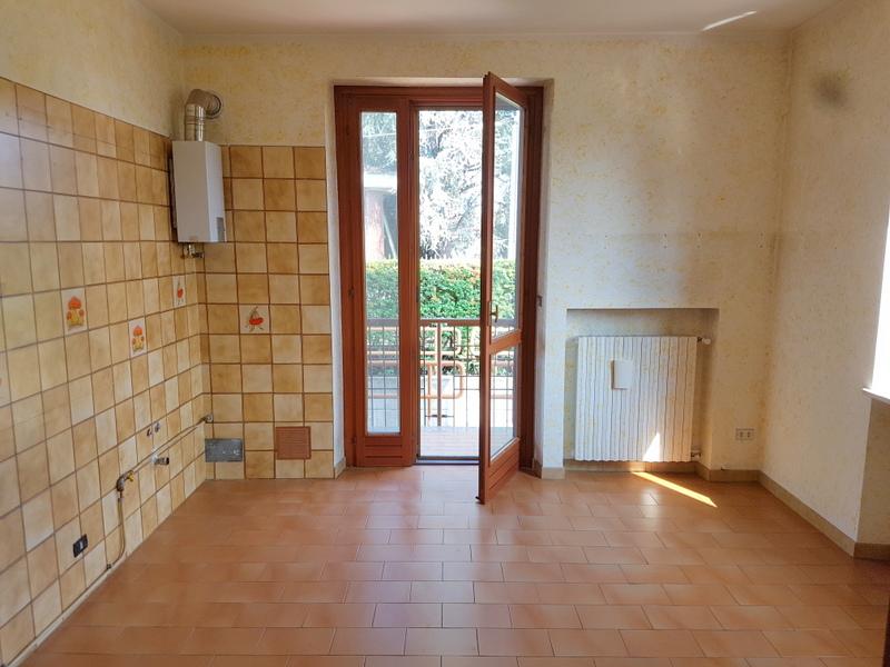 Bilocale Brandizzo Via Torino 10