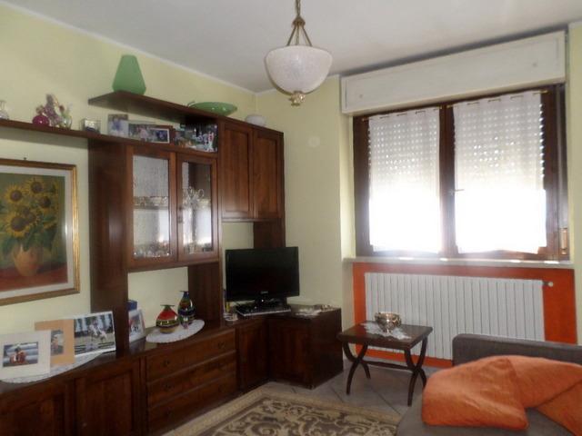 Appartamento in vendita a Torrazza Piemonte, 8 locali, prezzo € 149.000 | Cambio Casa.it