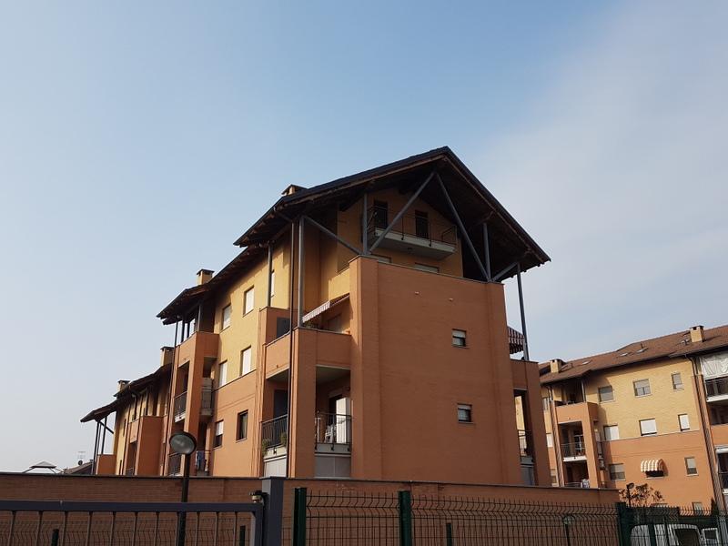 Appartamento in affitto a Chivasso, 4 locali, prezzo € 800 | Cambio Casa.it