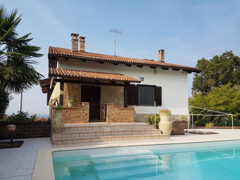 Soluzione Indipendente in vendita a Verrua Savoia, 7 locali, Trattative riservate | Cambio Casa.it