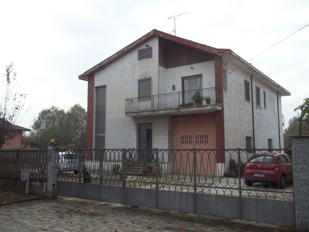 Soluzione Indipendente in vendita a Verolengo, 6 locali, prezzo € 185.000 | Cambio Casa.it