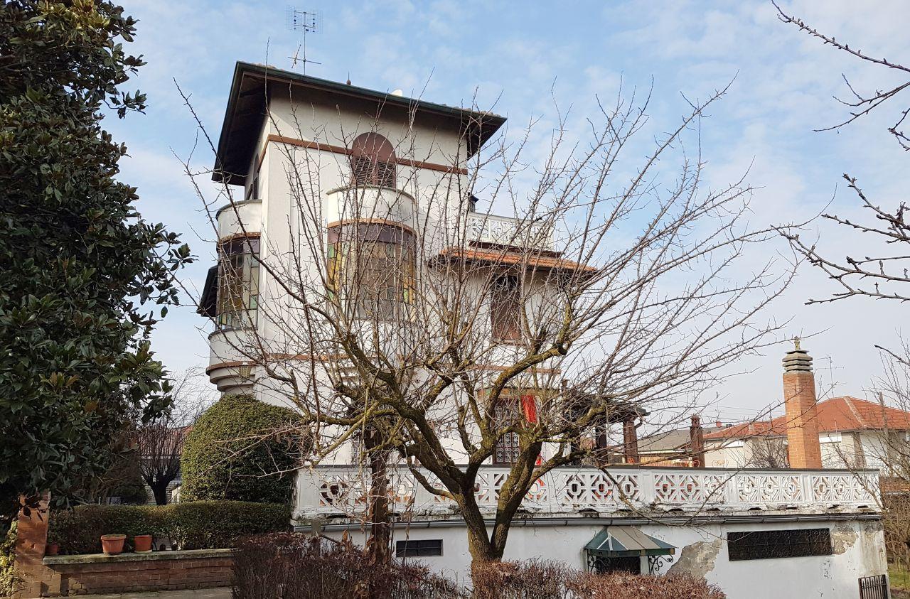 Casa Indipendente da ristrutturare in vendita Rif. 4751928