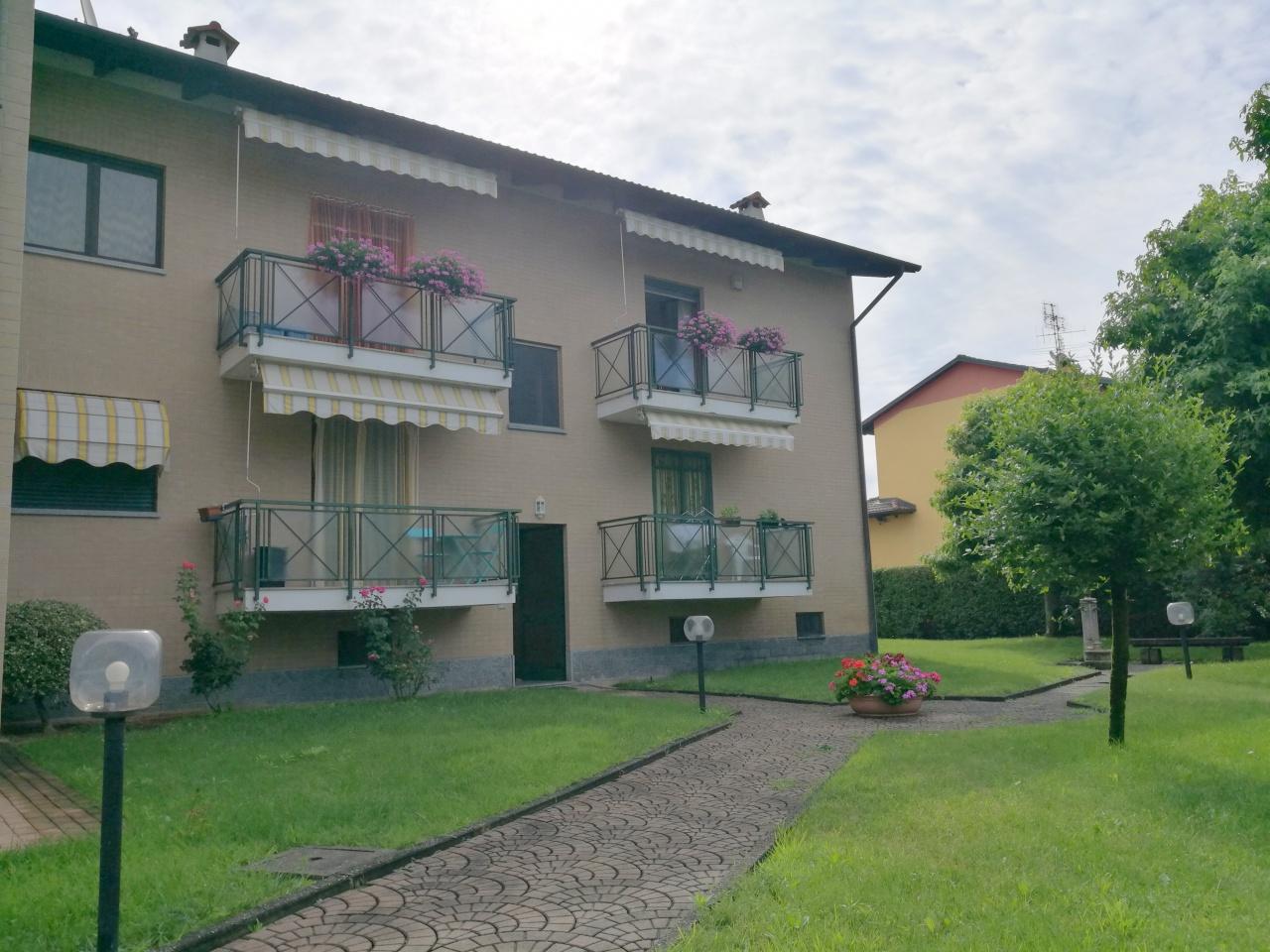 Appartamento in vendita a Rondissone, 8 locali, prezzo € 229.000 | CambioCasa.it