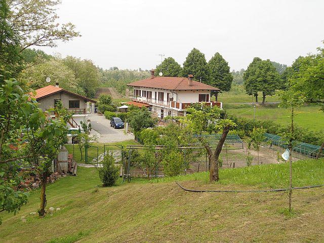 Soluzione Indipendente in vendita a Verrua Savoia, 12 locali, prezzo € 265.000 | CambioCasa.it