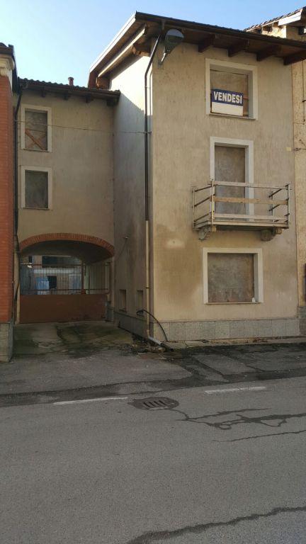 Soluzione Indipendente in vendita a Brusasco, 10 locali, prezzo € 220.000 | Cambio Casa.it