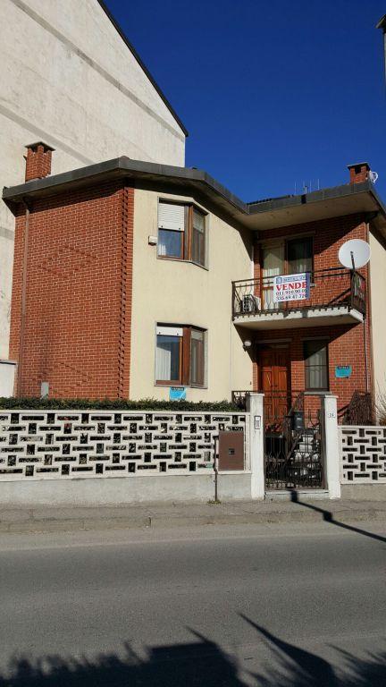 Soluzione Indipendente in vendita a Brusasco, 9 locali, prezzo € 160.000 | CambioCasa.it