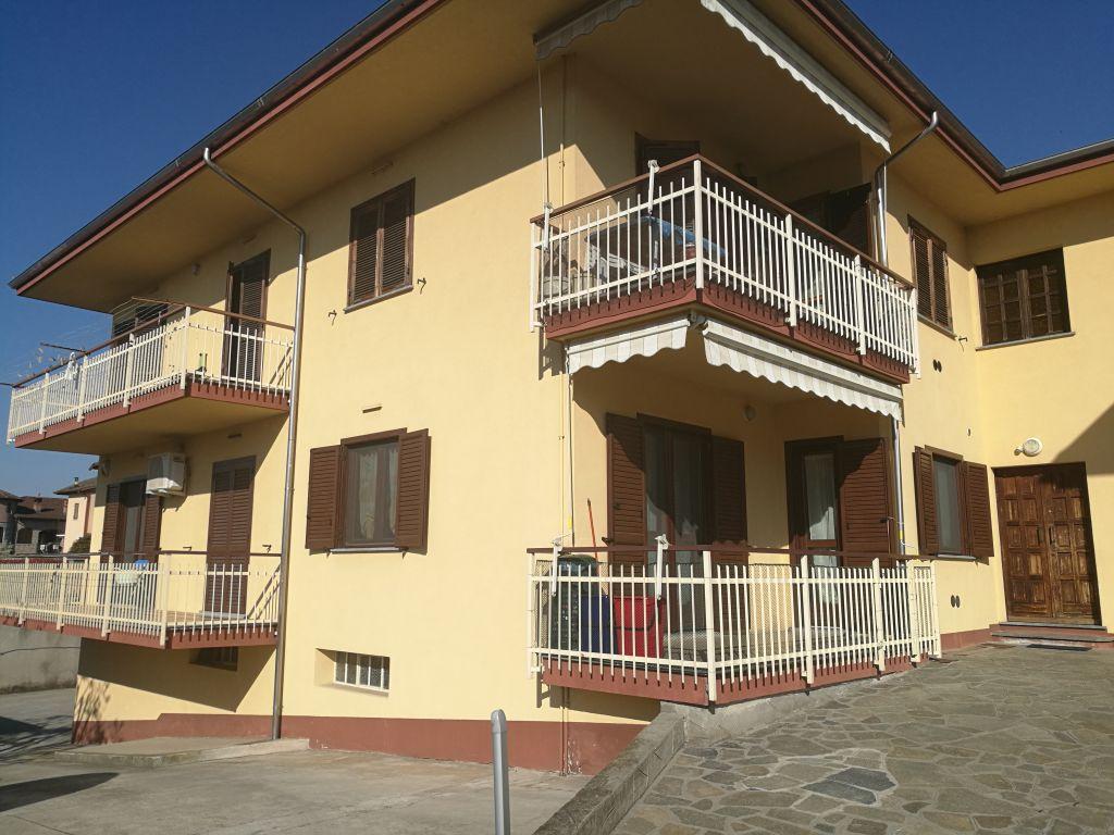 Appartamento in vendita a Torrazza Piemonte, 5 locali, prezzo € 139.000   Cambio Casa.it