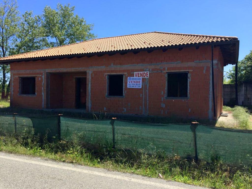 Soluzione Indipendente in vendita a Verrua Savoia, 12 locali, prezzo € 75.000 | CambioCasa.it