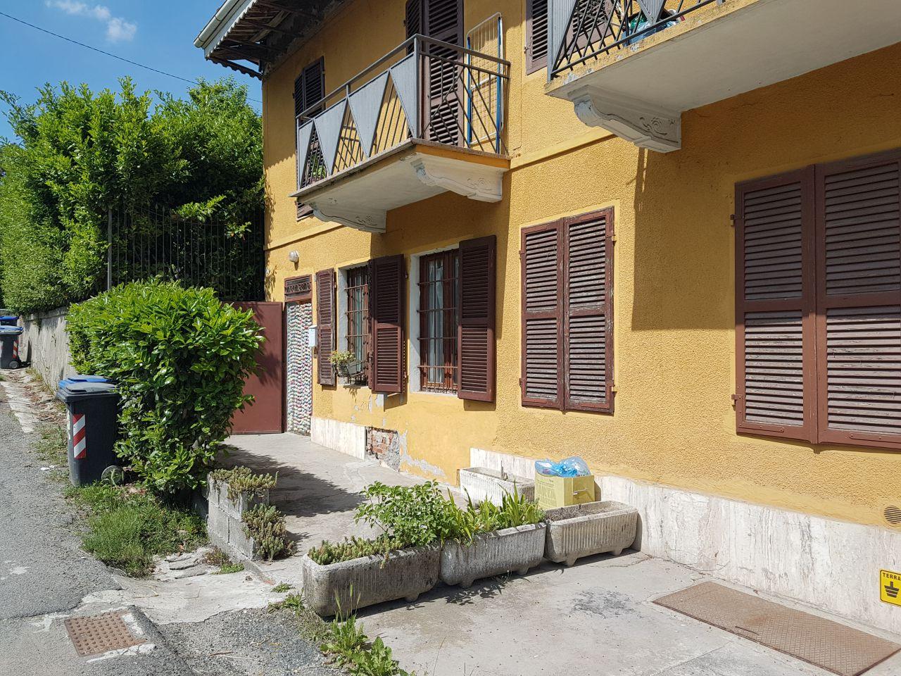 Appartamento da ristrutturare in vendita Rif. 4752050