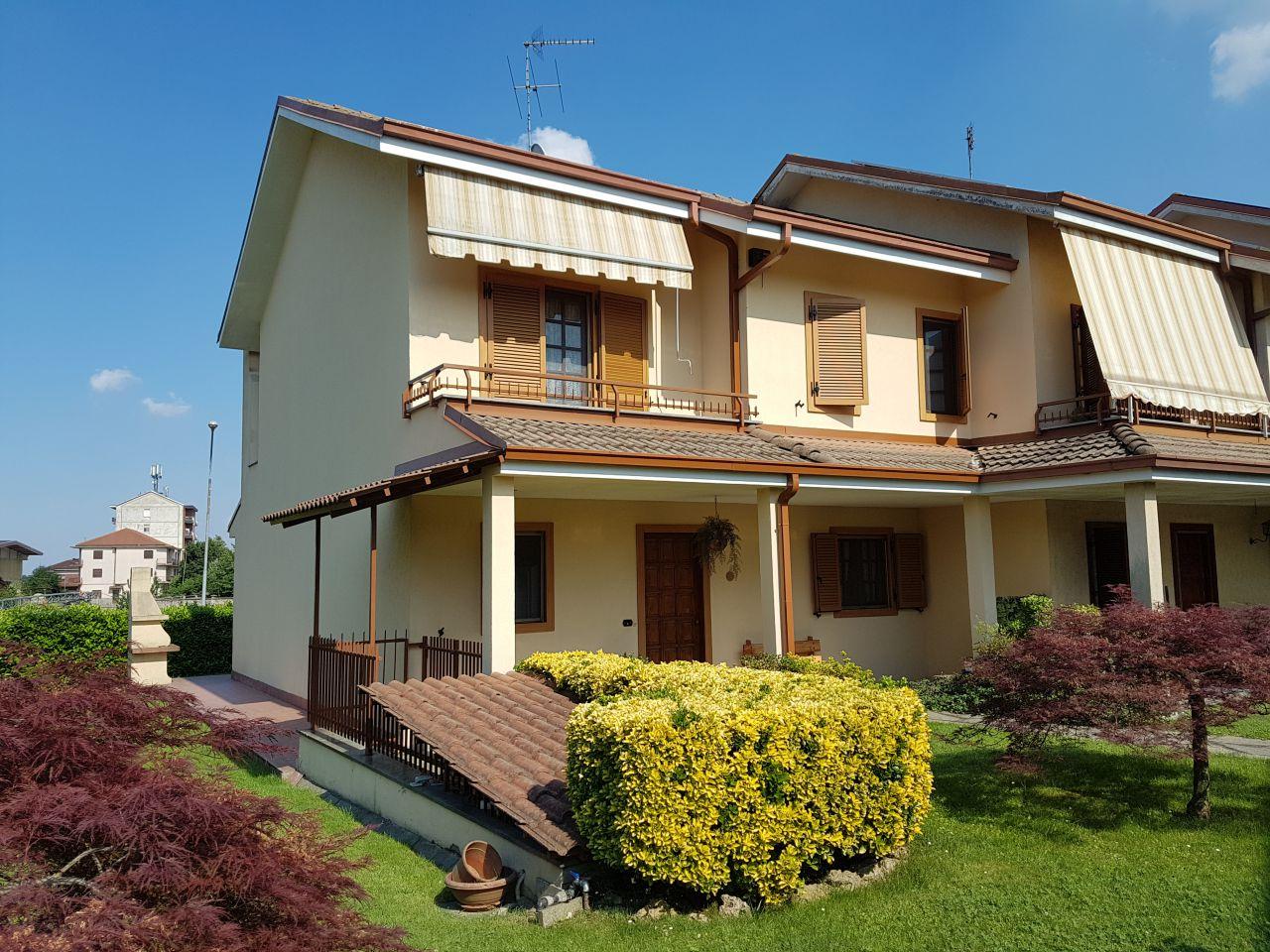 Soluzione Indipendente in vendita a Montanaro, 6 locali, prezzo € 209.000 | CambioCasa.it