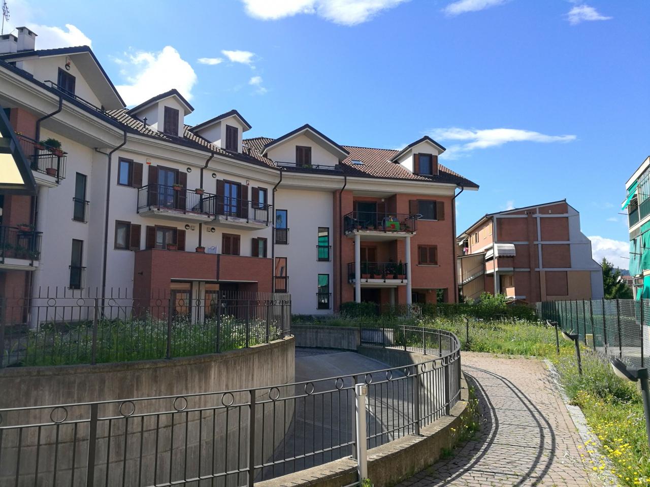 Appartamento in vendita a Chivasso, 4 locali, prezzo € 169.000   CambioCasa.it