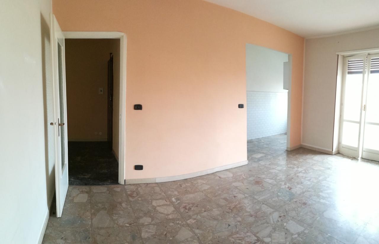 vendita appartamento chivasso  VIA SANDRO PERTINI 65000 euro  2 locali  65 mq