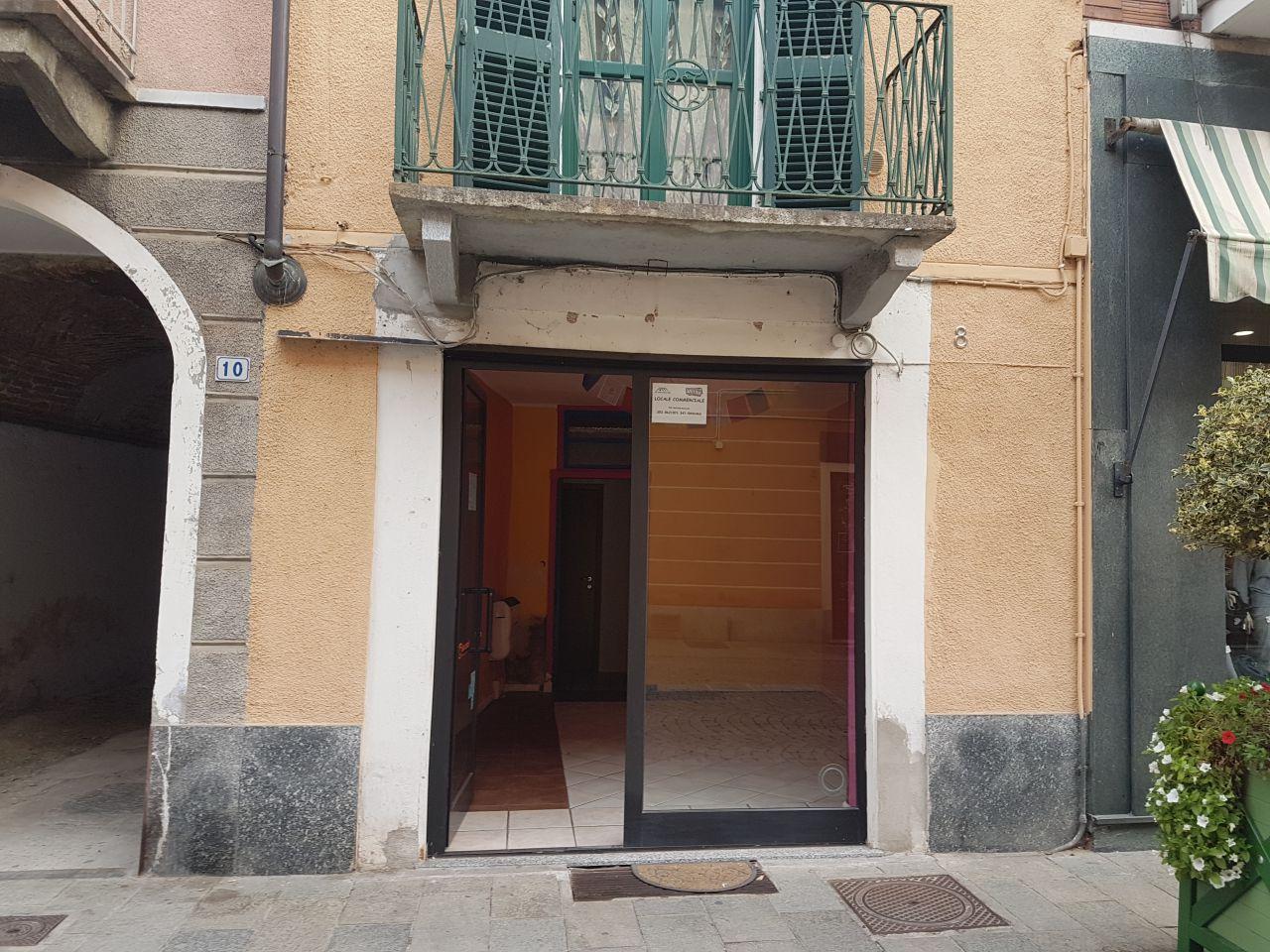 Negozio / Locale in affitto a Chivasso, 1 locali, prezzo € 550 | CambioCasa.it