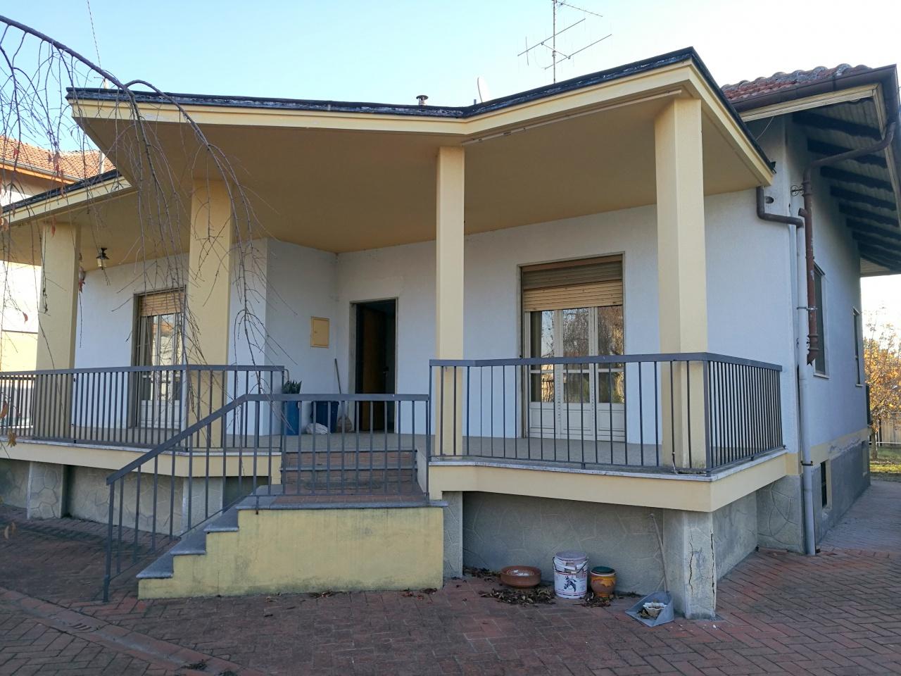 Soluzione Indipendente in vendita a Torrazza Piemonte, 7 locali, prezzo € 210.000 | CambioCasa.it