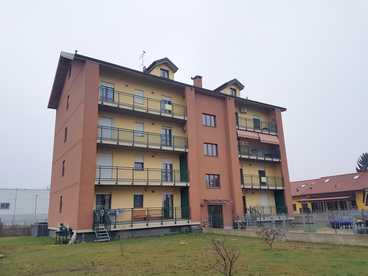 Appartamento in vendita a Chivasso, 3 locali, prezzo € 139.000   CambioCasa.it