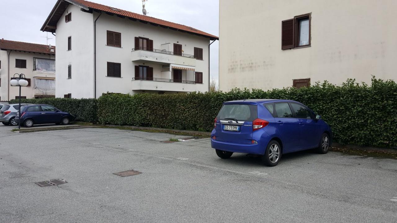 Appartamento in vendita a Crescentino, 7 locali, prezzo € 120.000 | CambioCasa.it