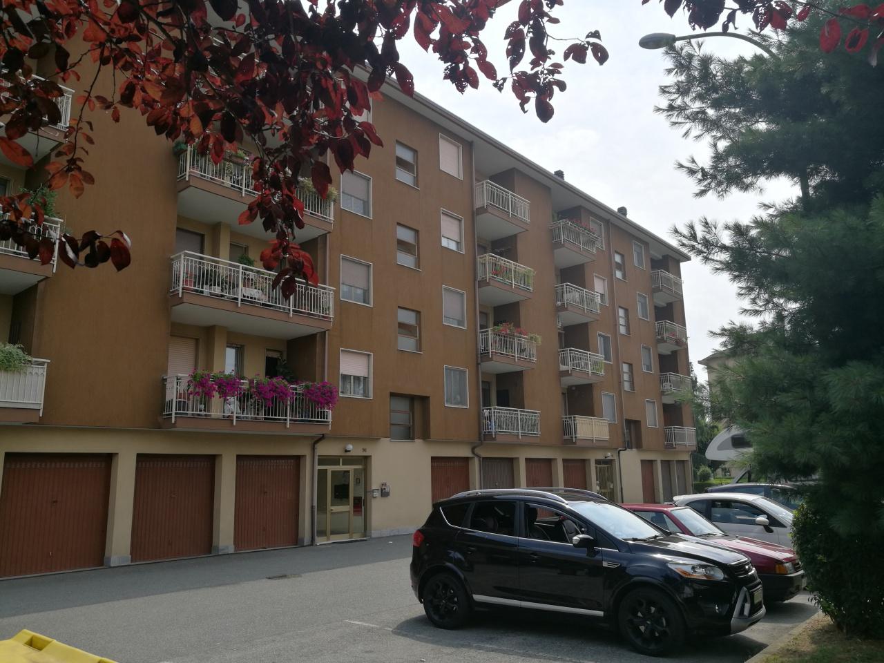 Appartamento in vendita a Chivasso, 4 locali, prezzo € 135.000 | CambioCasa.it