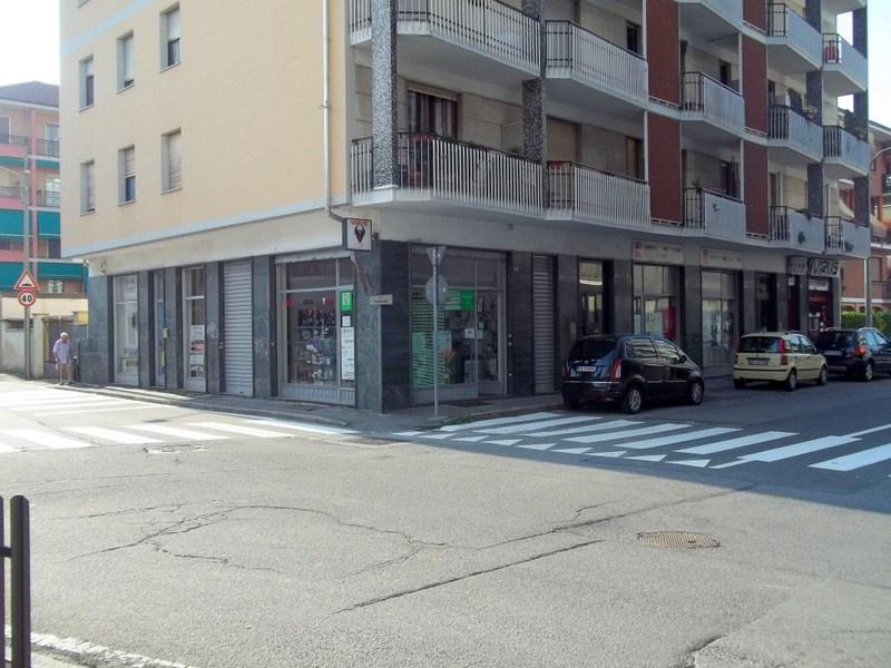 Negozio / Locale in affitto a Chivasso, 1 locali, prezzo € 400 | CambioCasa.it