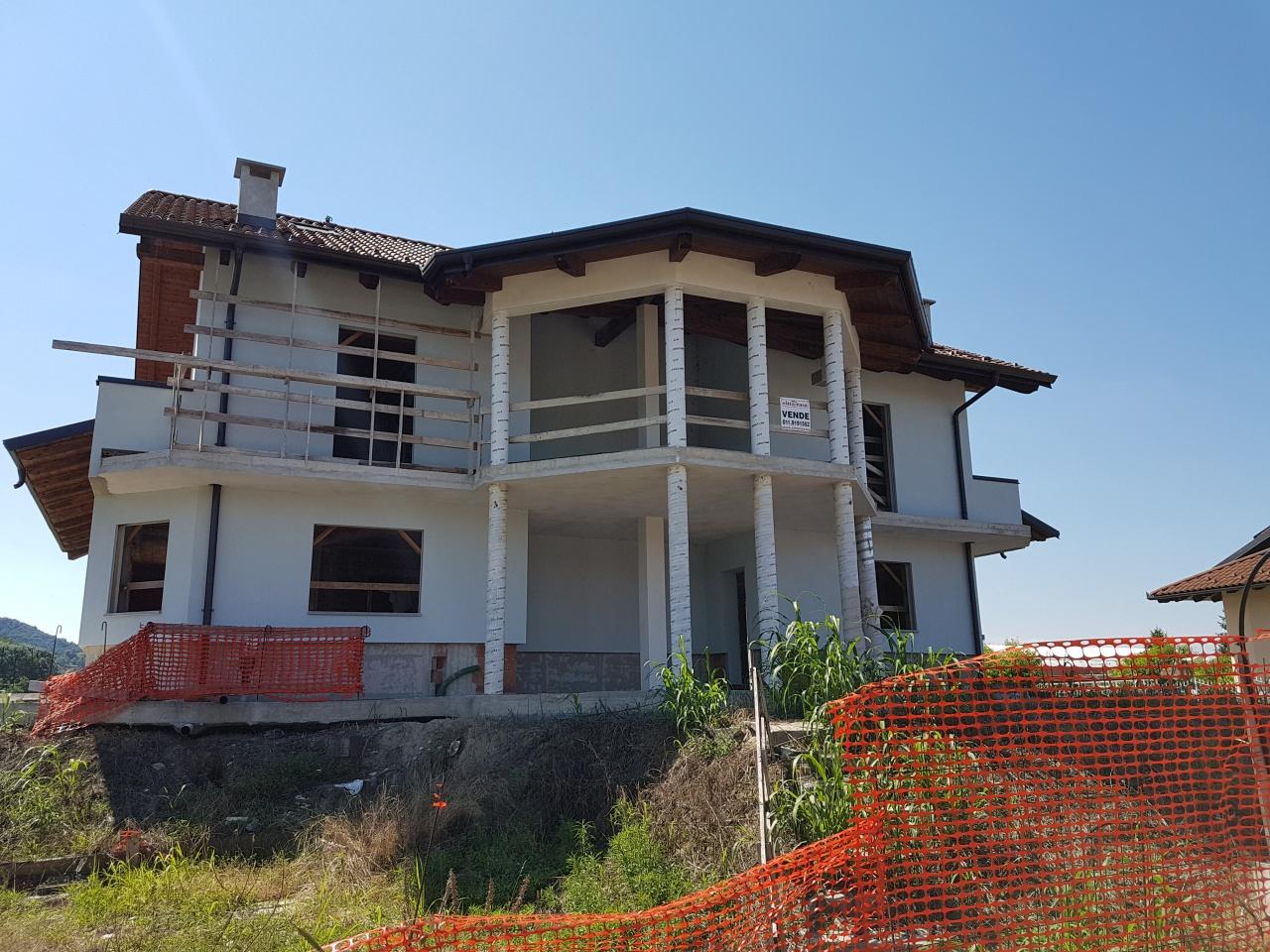 Soluzione Indipendente in vendita a San Sebastiano da Po, 5 locali, prezzo € 110.000 | CambioCasa.it