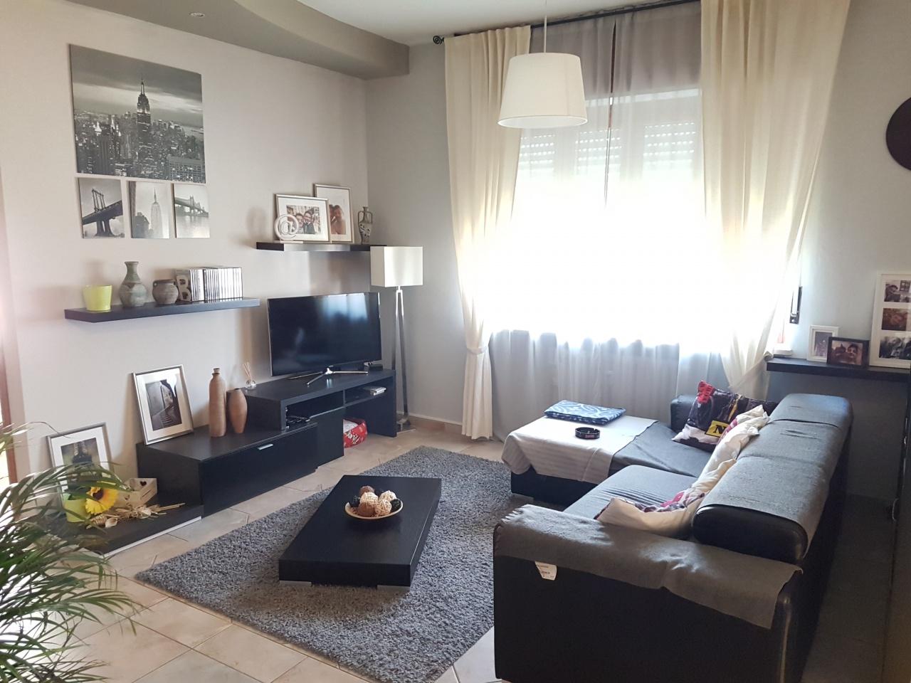 Appartamento in ottime condizioni in vendita Rif. 8727817