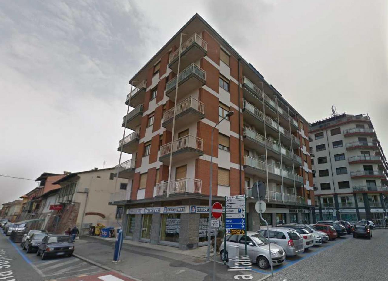 Appartamento in vendita a Chivasso, 2 locali, prezzo € 35.000   CambioCasa.it