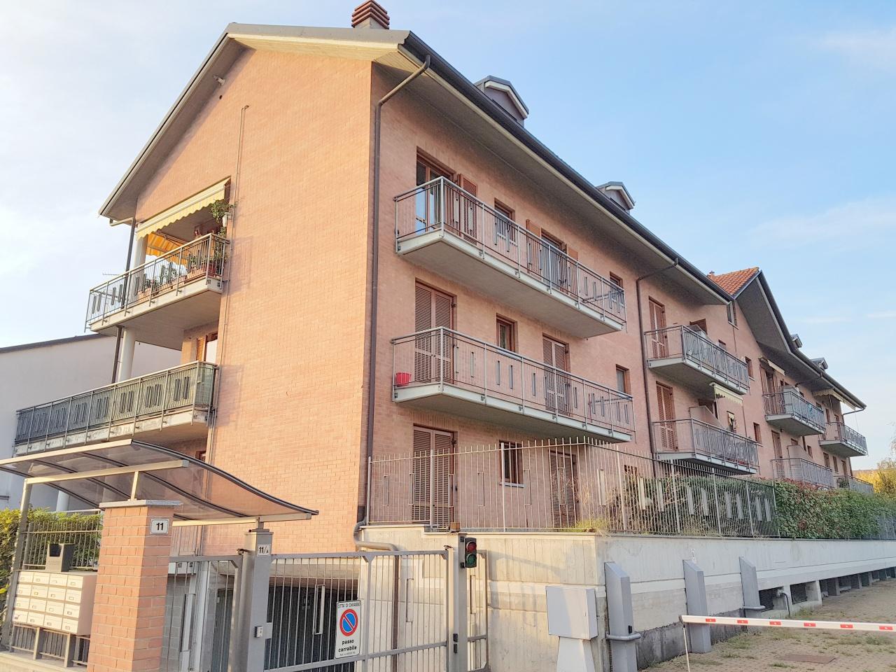 Appartamento in vendita a Chivasso, 4 locali, prezzo € 124.000   CambioCasa.it