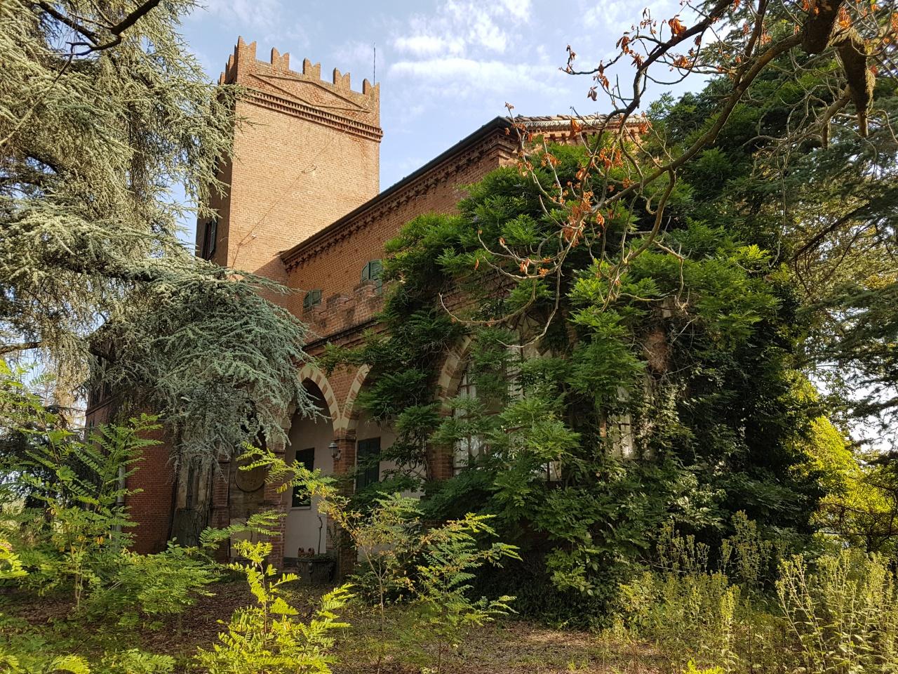 Soluzione Indipendente in vendita a Passerano Marmorito, 20 locali, prezzo € 498.000 | CambioCasa.it
