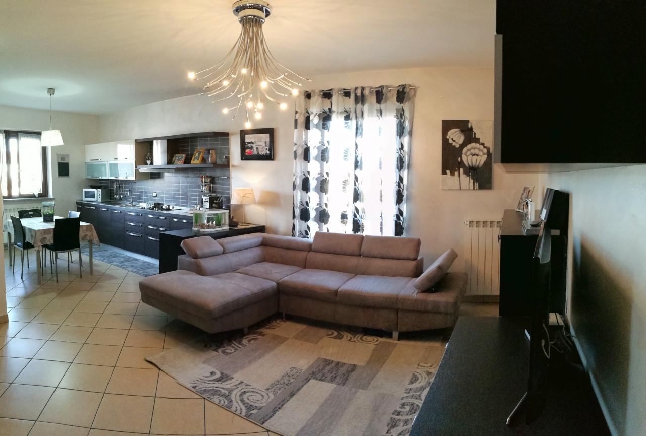 Appartamento in vendita a Verolengo, 4 locali, prezzo € 115.000 | CambioCasa.it