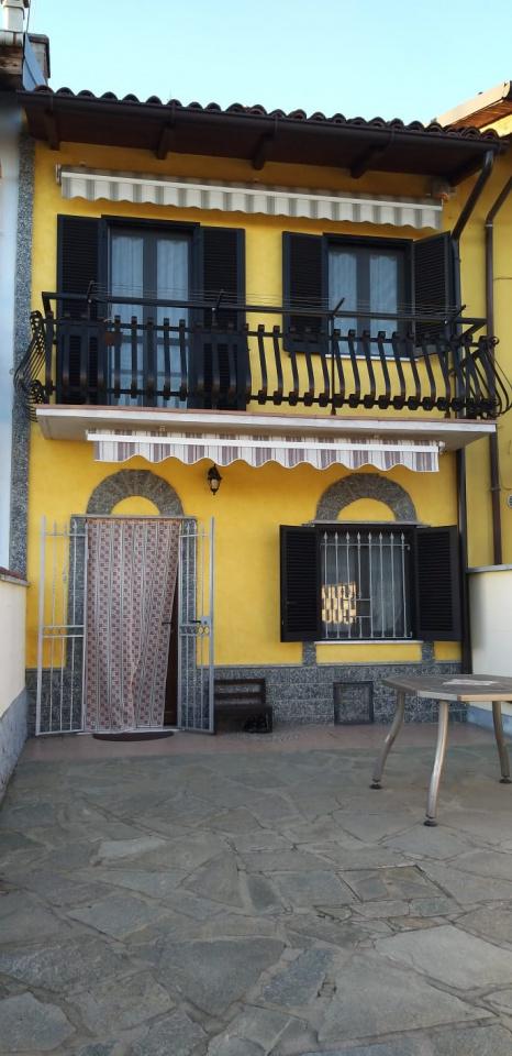 Casa indipendente quadrilocale in vendita a Crescentino (VC)