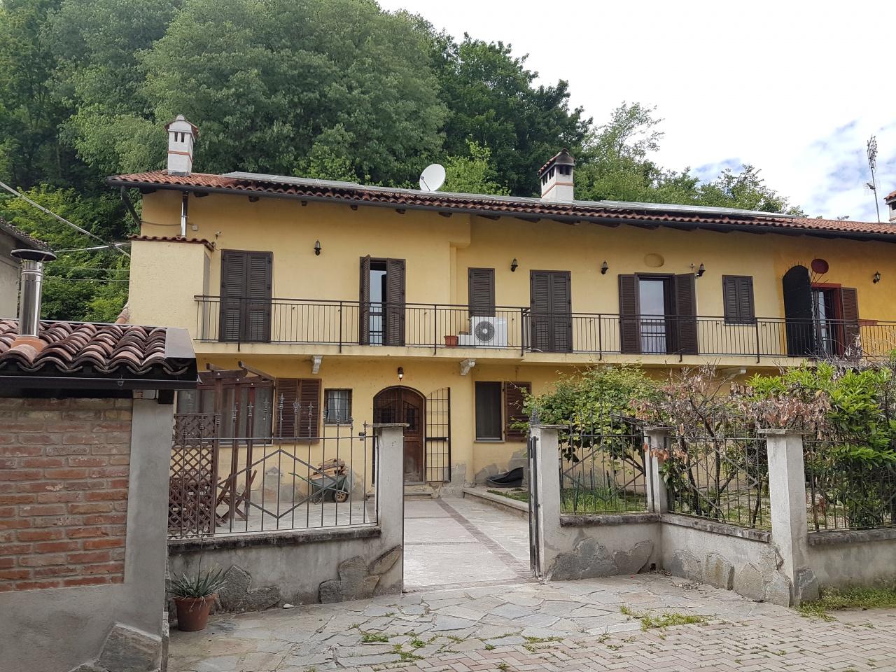 Casa Indipendente in ottime condizioni in vendita Rif. 10236348