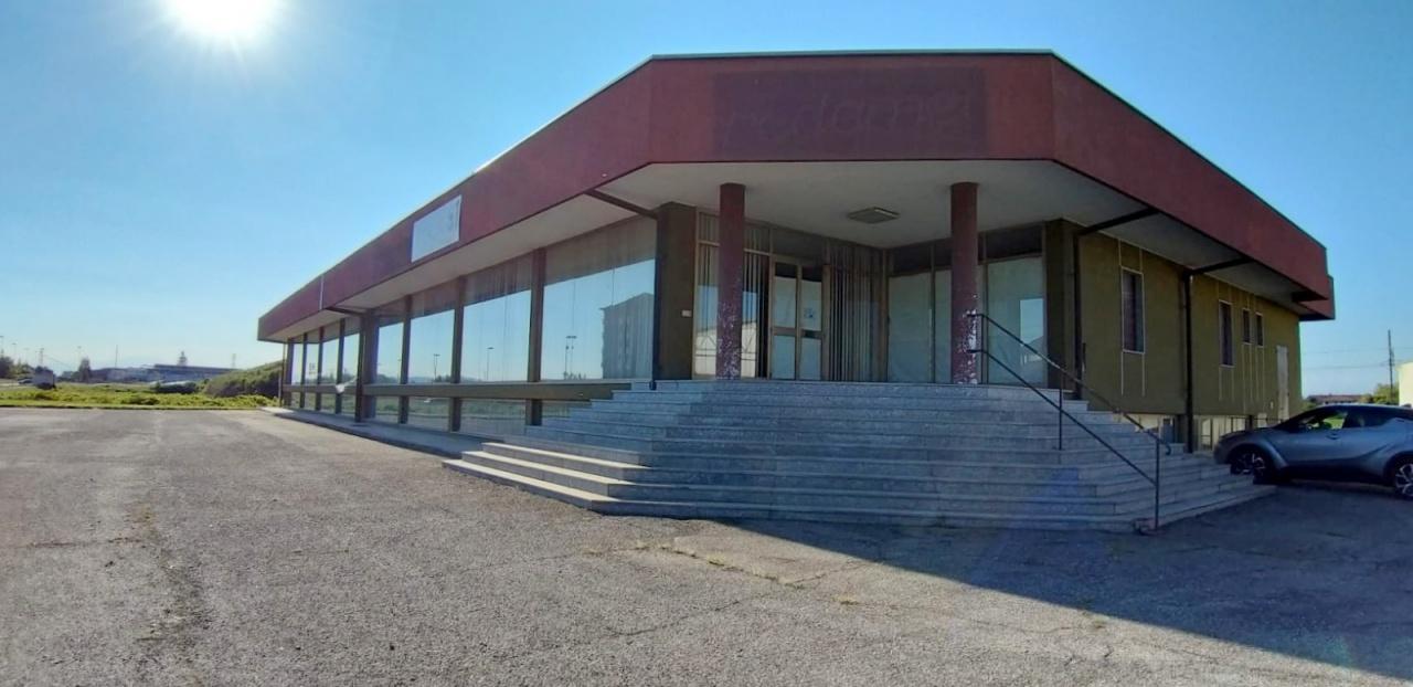 Negozio / Locale in vendita a Crescentino, 9999 locali, prezzo € 450.000 | PortaleAgenzieImmobiliari.it
