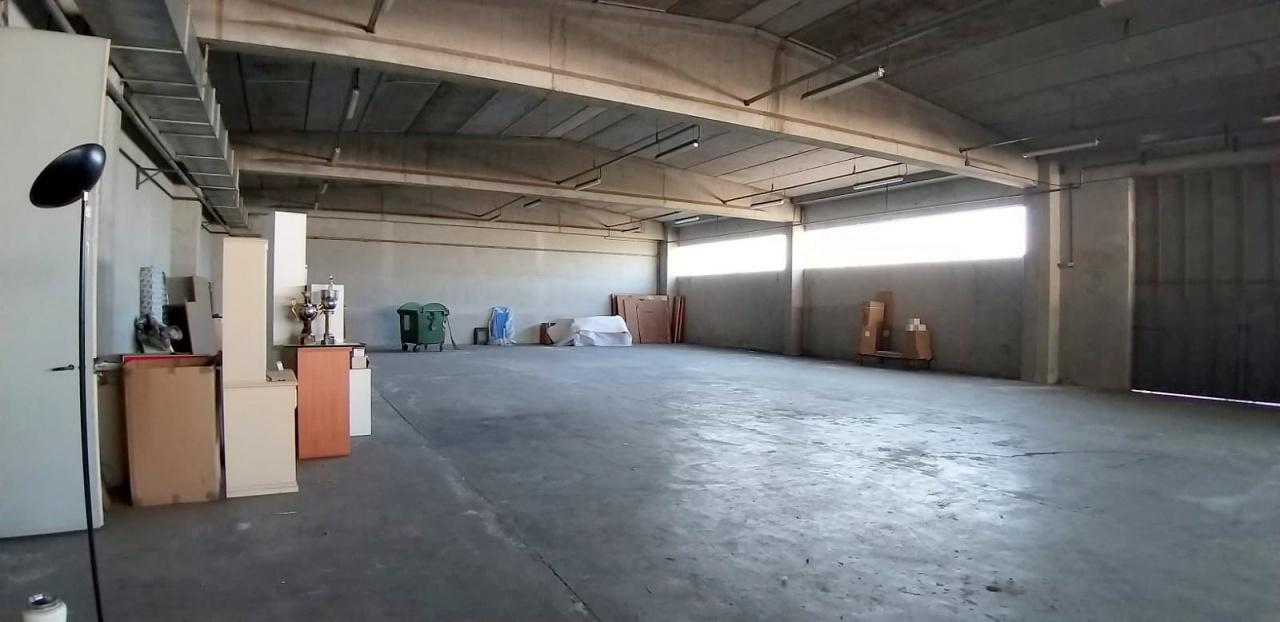 Locale Commerciale CRESCENTINO 8910
