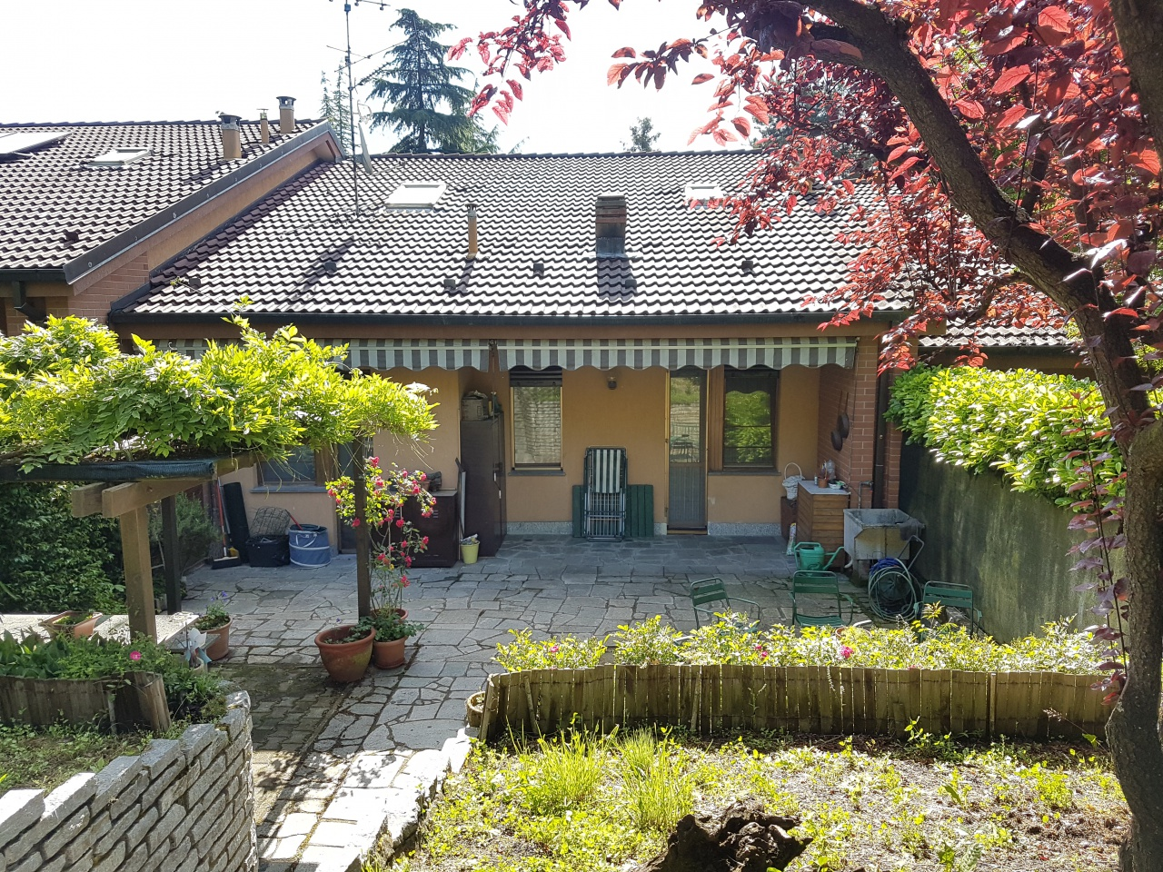 Casa Indipendente in ottime condizioni in vendita Rif. 10345010