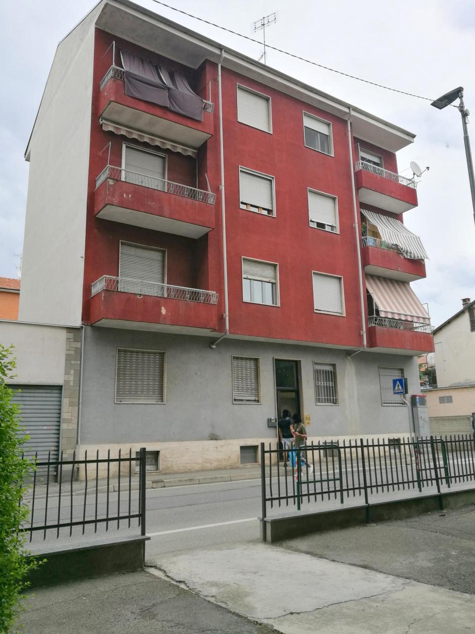 Appartamento in vendita a Chivasso, 3 locali, prezzo € 79.000   CambioCasa.it