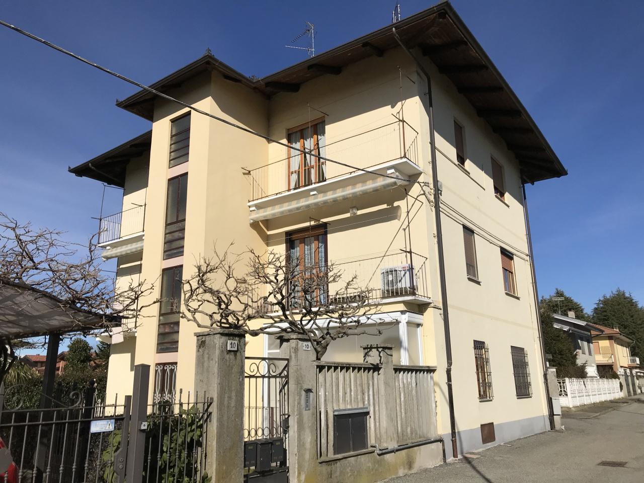 Appartamento da ristrutturare in vendita Rif. 11585268