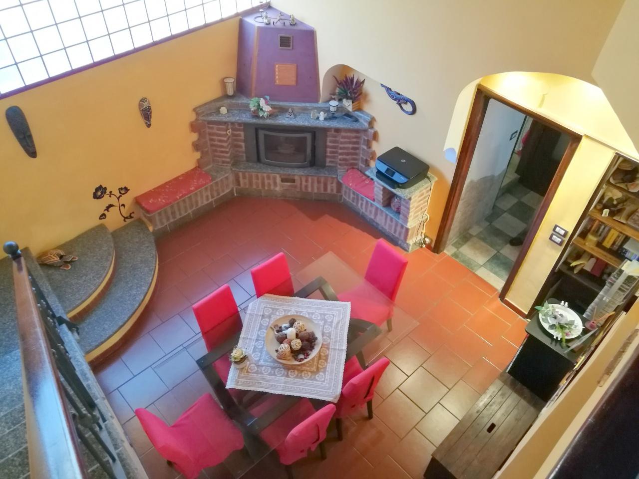 Soluzione Indipendente in vendita a Saluggia, 8 locali, prezzo € 119.000 | CambioCasa.it