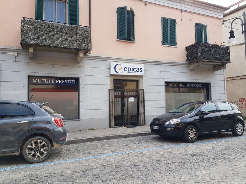 Negozio / Locale in affitto a Chivasso, 2 locali, prezzo € 1.100 | PortaleAgenzieImmobiliari.it