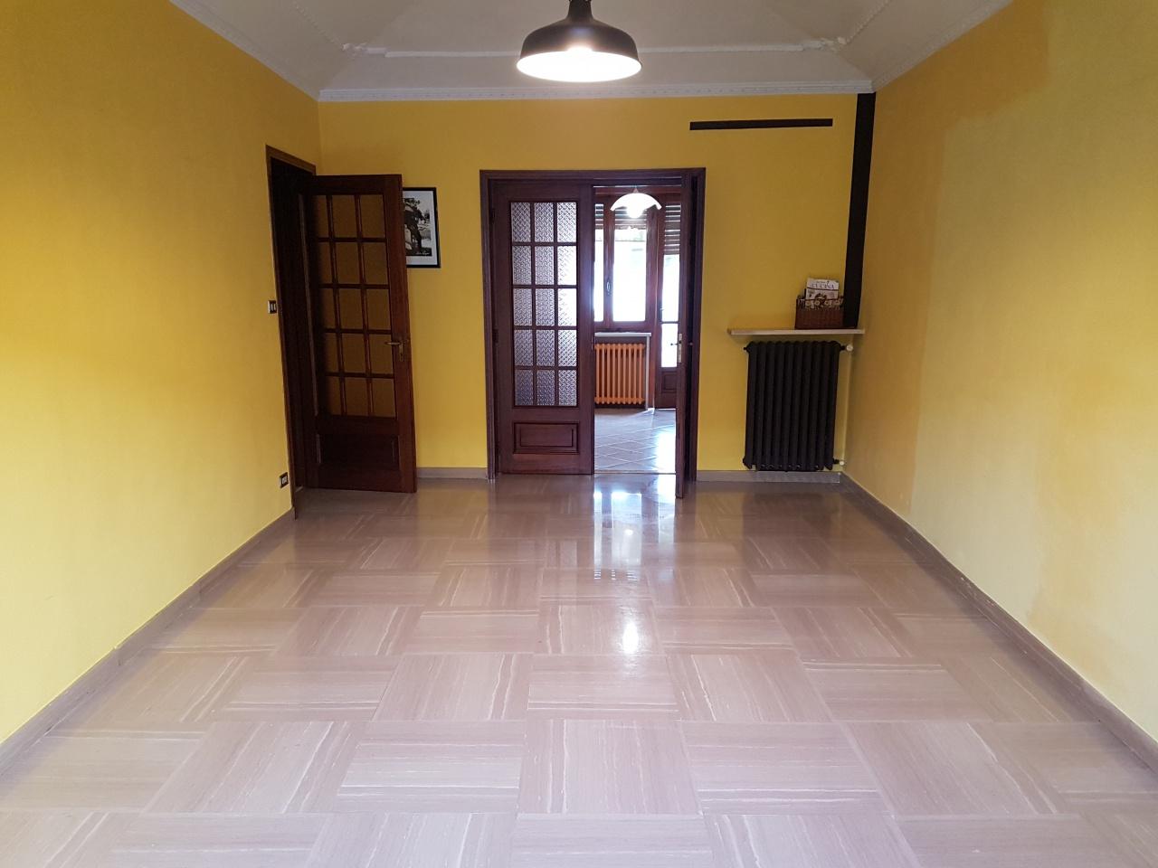 Appartamento in affitto a Torrazza Piemonte, 4 locali, prezzo € 450 | PortaleAgenzieImmobiliari.it
