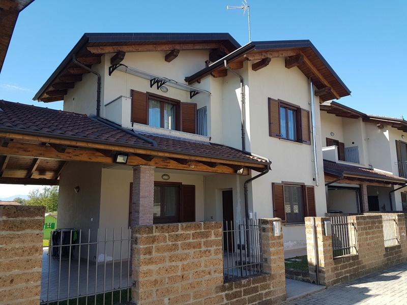 Soluzione Indipendente in vendita a Mazzè, 4 locali, prezzo € 169.000 | CambioCasa.it