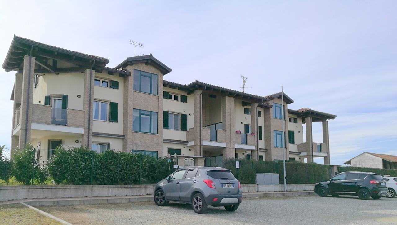 Appartamento in vendita a Rondissone, 2 locali, prezzo € 95.000 | CambioCasa.it