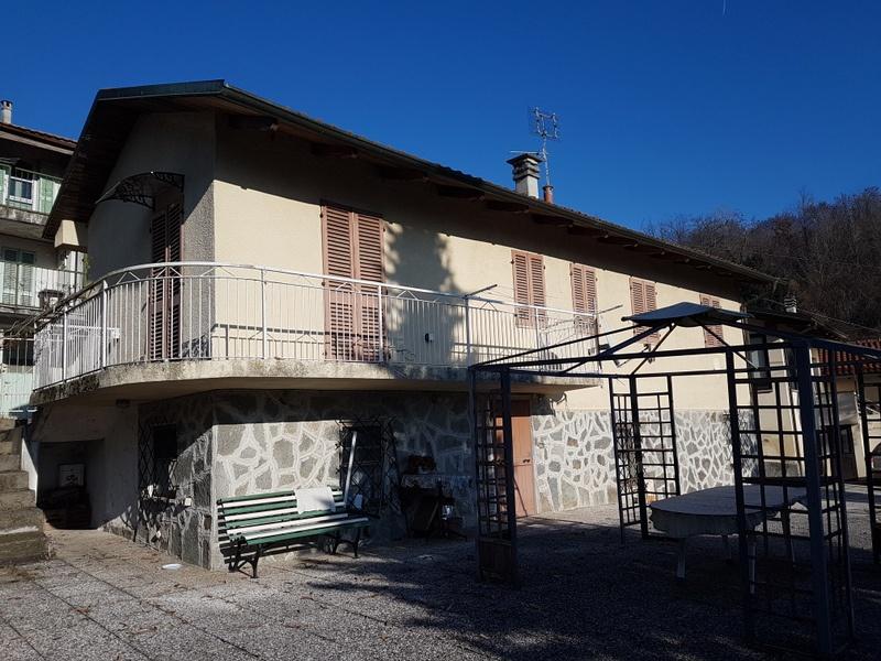 Soluzione Indipendente in vendita a Castagneto Po, 8 locali, prezzo € 139.000 | PortaleAgenzieImmobiliari.it