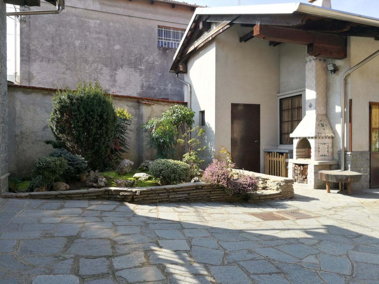 Casa Indipendente SALUGGIA 1403
