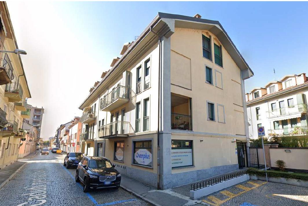 Negozio / Locale in vendita a Chivasso, 2 locali, prezzo € 139.000   PortaleAgenzieImmobiliari.it