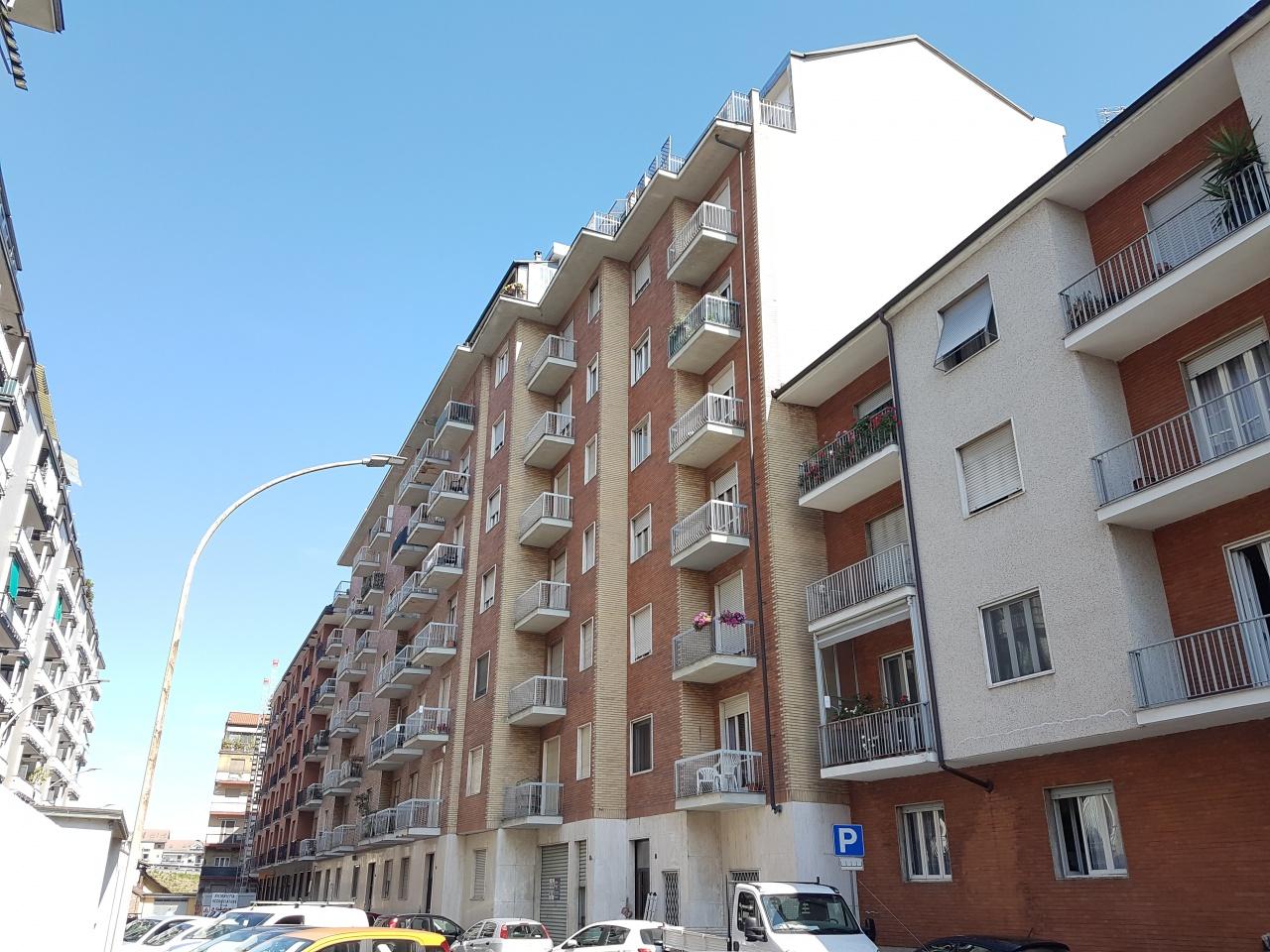 Appartamento in affitto a Chivasso, 2 locali, prezzo € 350 | PortaleAgenzieImmobiliari.it