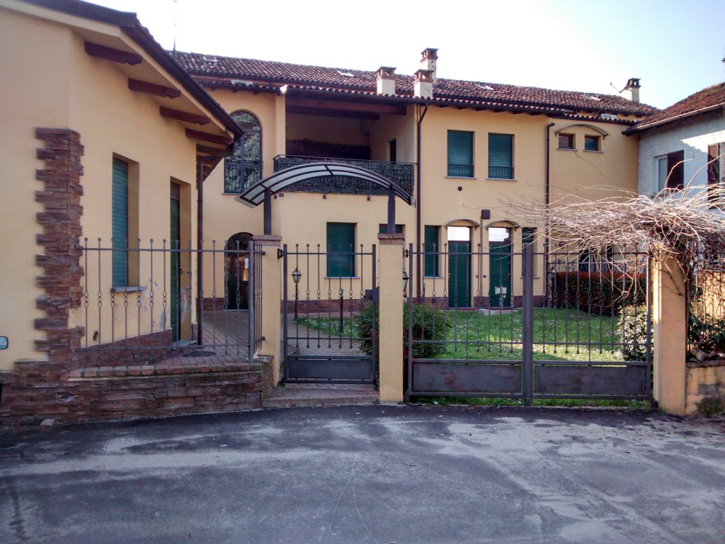 Bilocale Stradella Via Nazionale 1