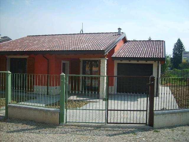 Villa a Schiera in vendita a Redavalle, 4 locali, prezzo € 150.000 | Cambio Casa.it