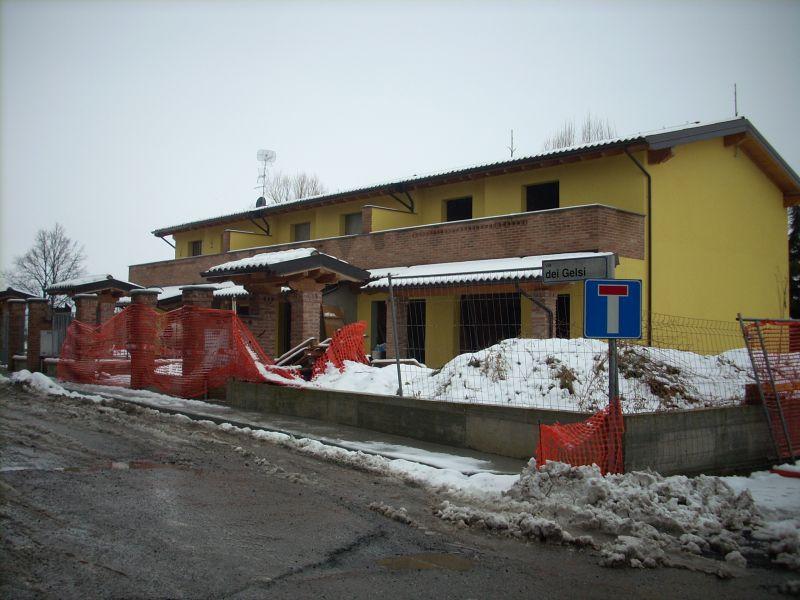 Villa a Schiera in Vendita a Campospinoso