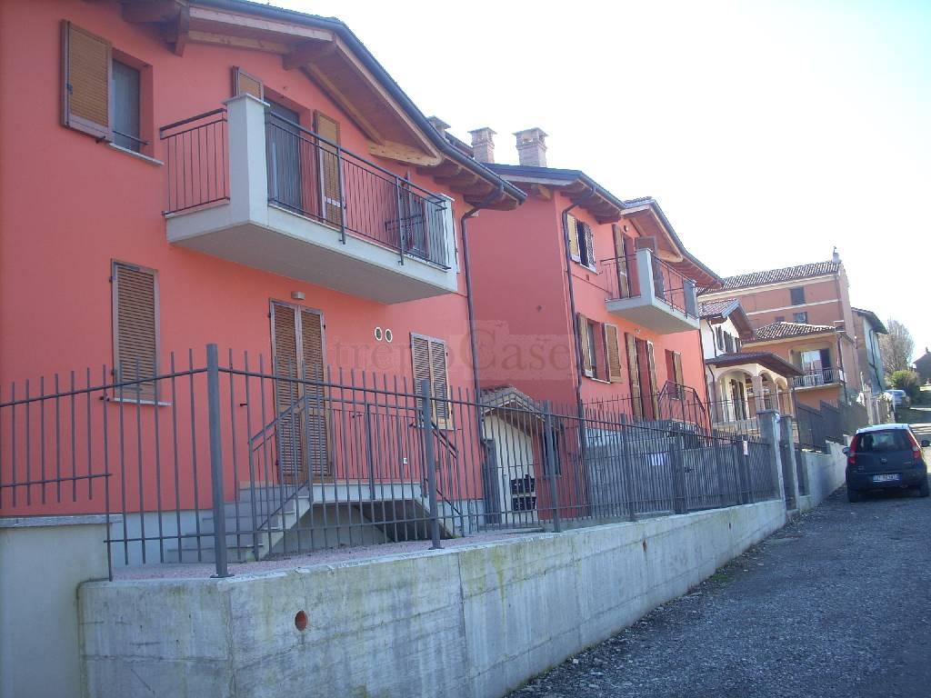 Appartamento in affitto a Stradella, 2 locali, prezzo € 500 | Cambio Casa.it